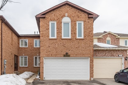 <h3>SOLD</h3><p>3351 Nighthawk Trail, Mississauga, Ontario</p>
